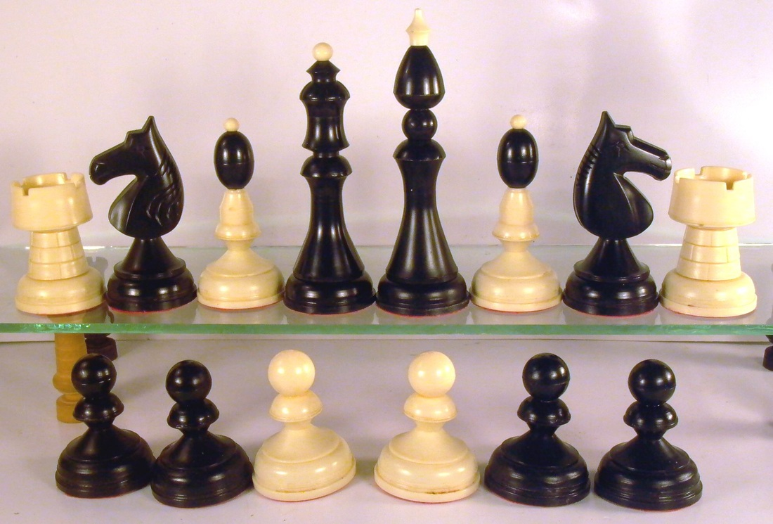 Plastic chess sets welcome to the chess museum - Inexpensive chess sets ...
