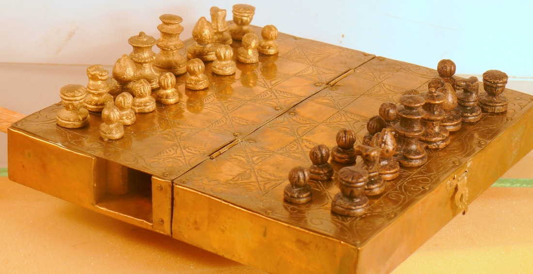 Nice Chess Boards travel sets - welcome to the chess museum